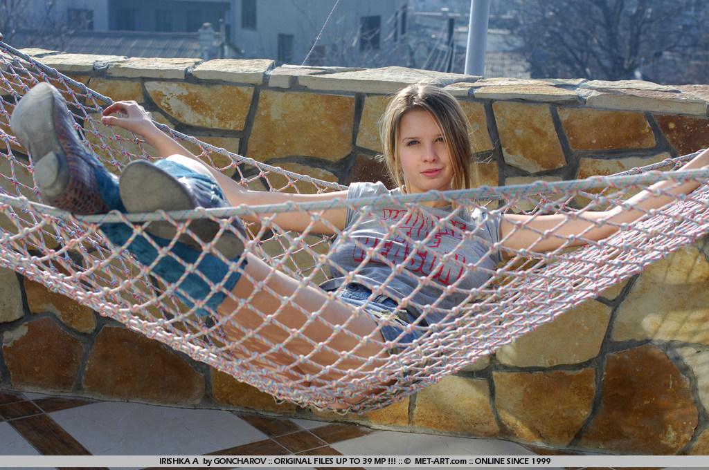 irishka-a-boobs-hammock-nude-couch-metart-07