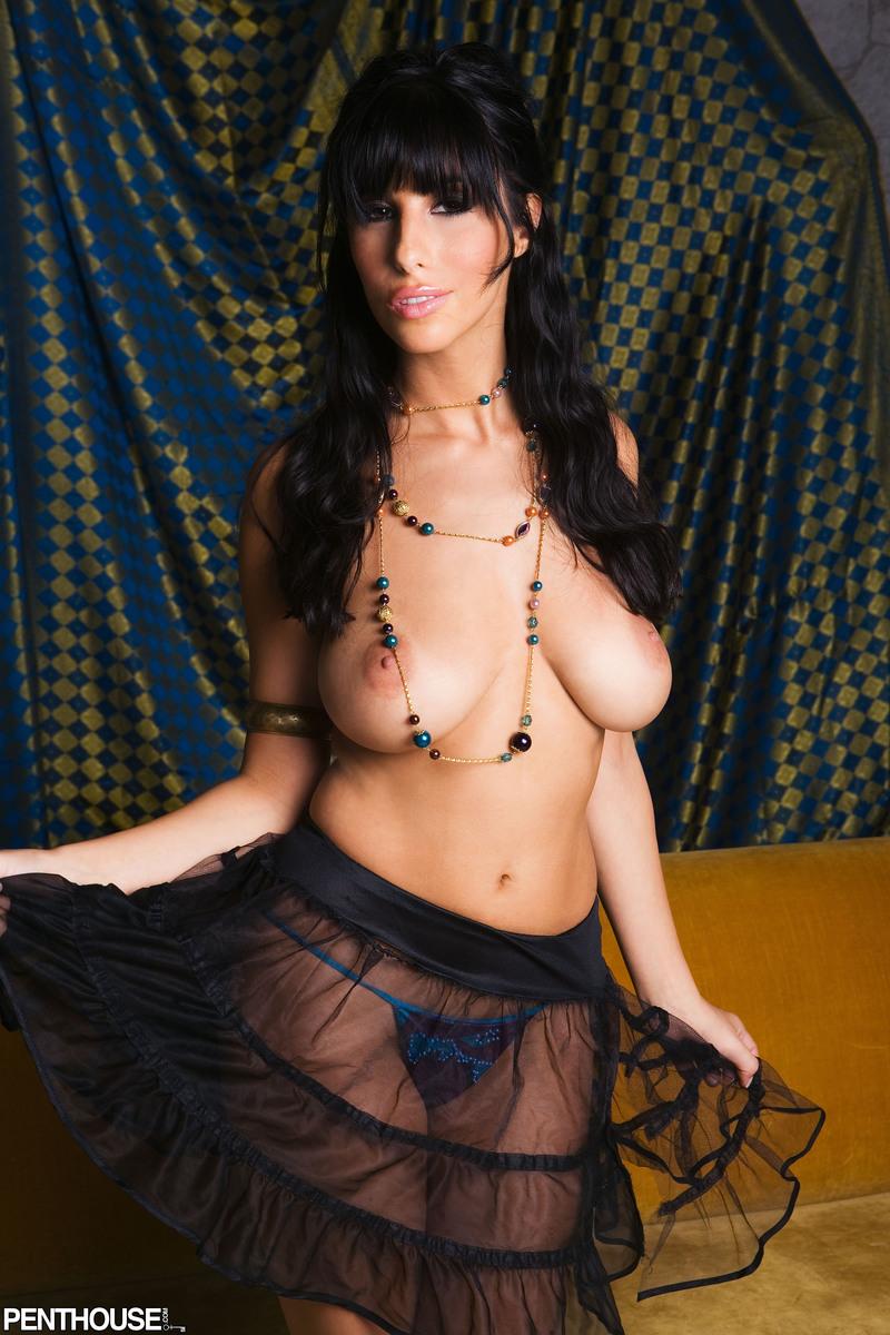 jaime-hammer-brunette-corset-naked-penthouse-04