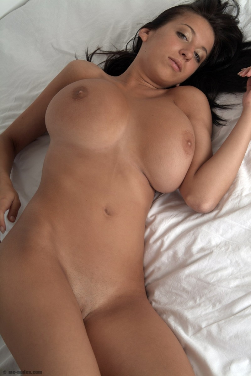 busted ameteur woman nude pics