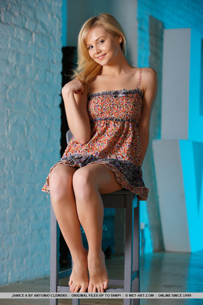 janice-a-blonde-bar-stool-naked-metart-01