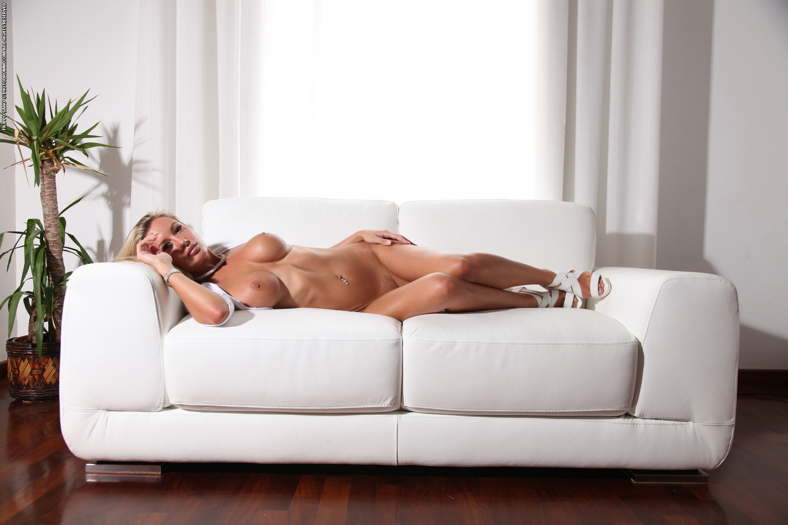 Busty on couch — photo 6