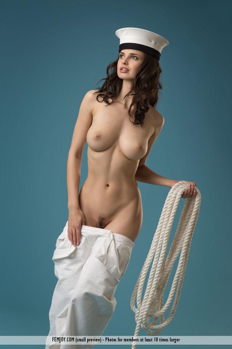 naked fucking sailor women