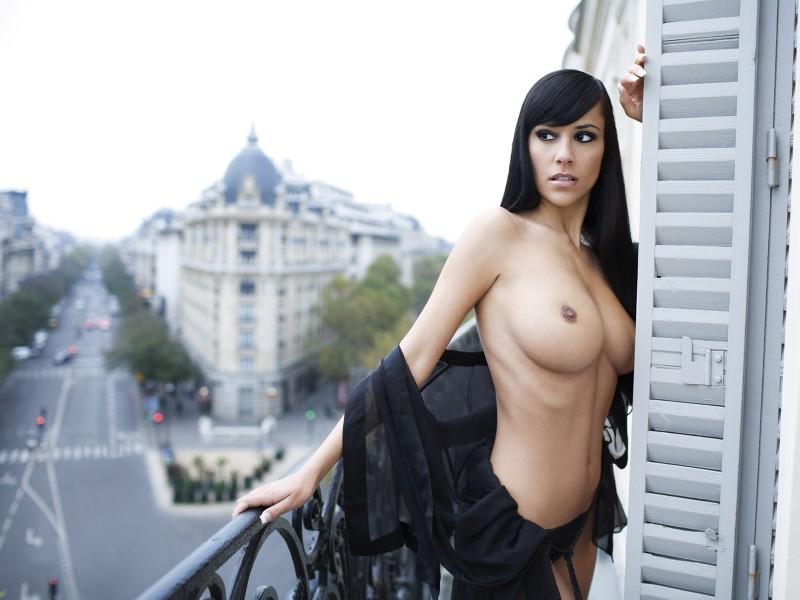 Tina Kovacevic  nackt