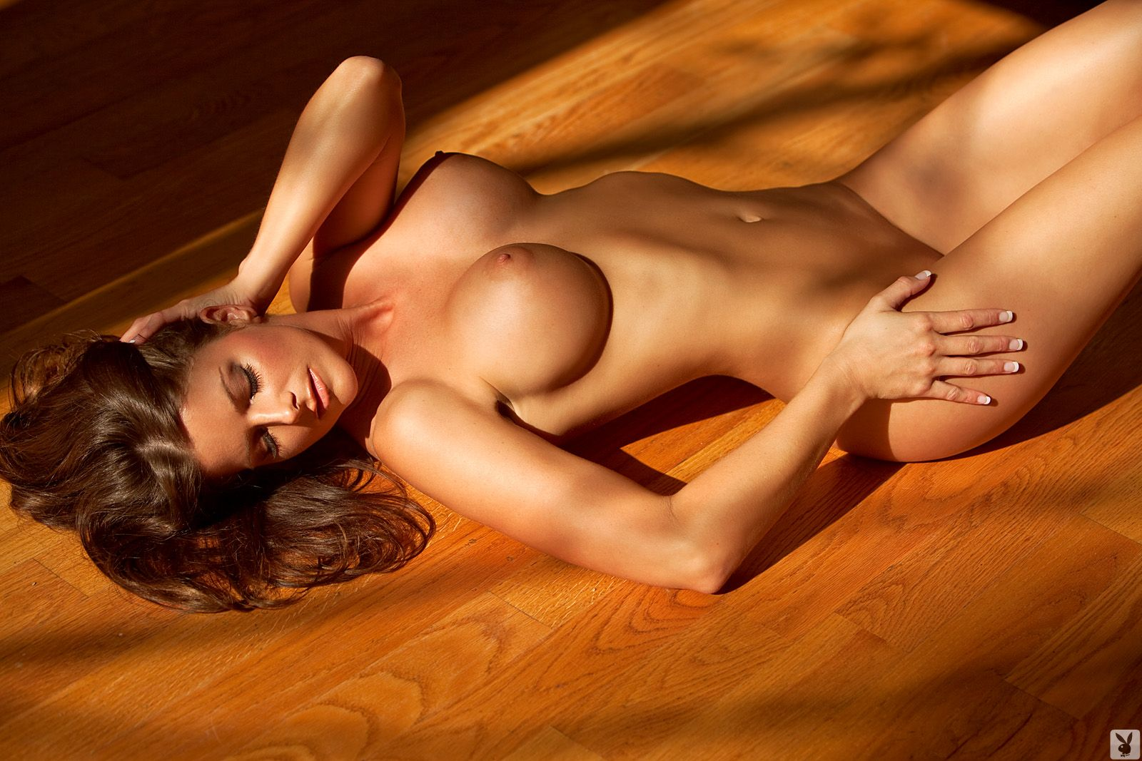 jessica-zelinske-nighty-playboy-15