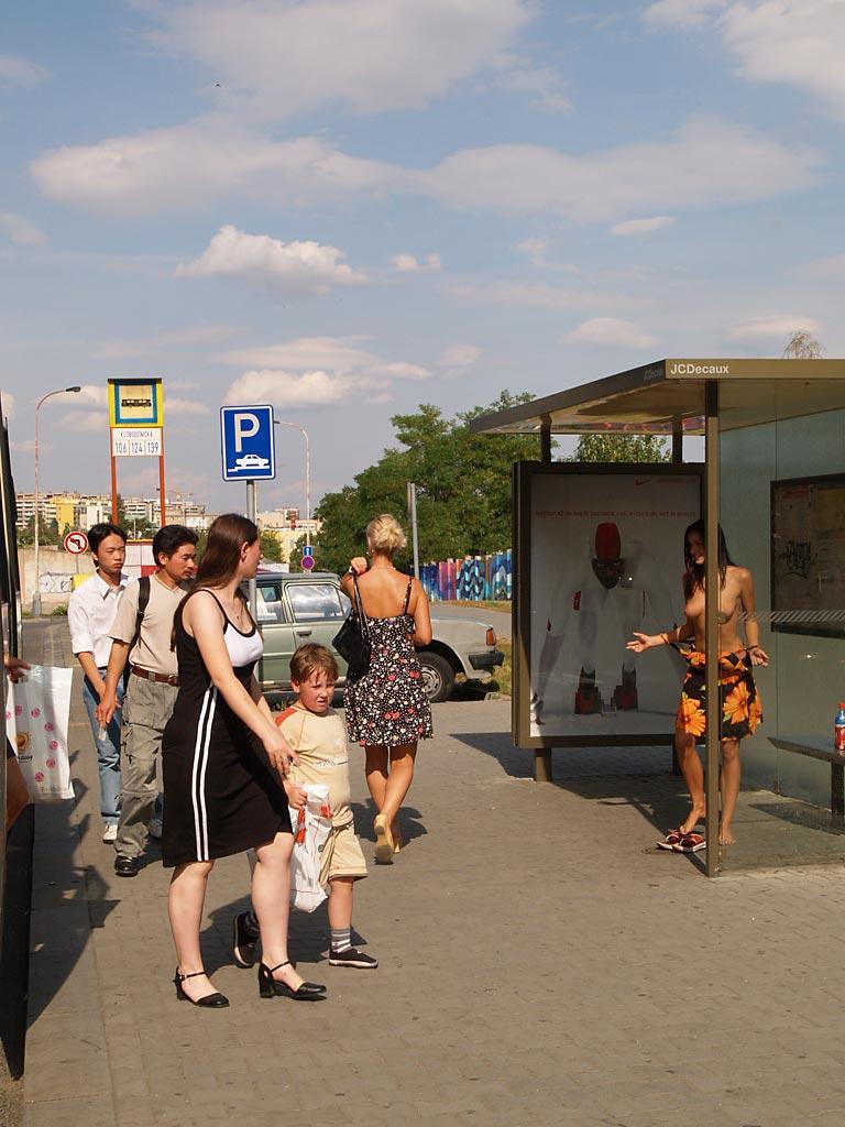jirina-k-nude-girl-on-bus-stop-public-34