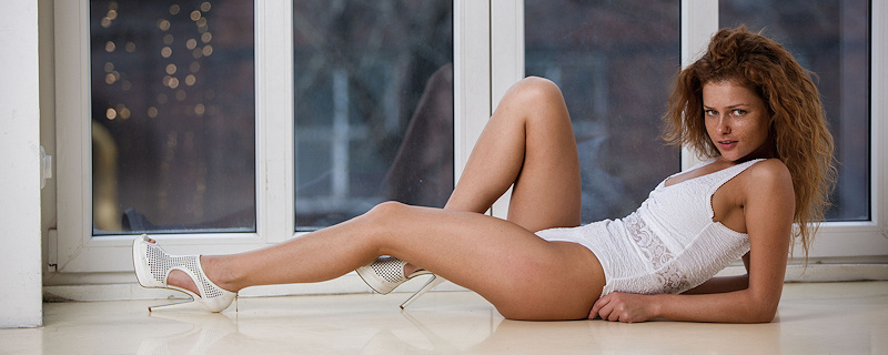 Julia – Big window