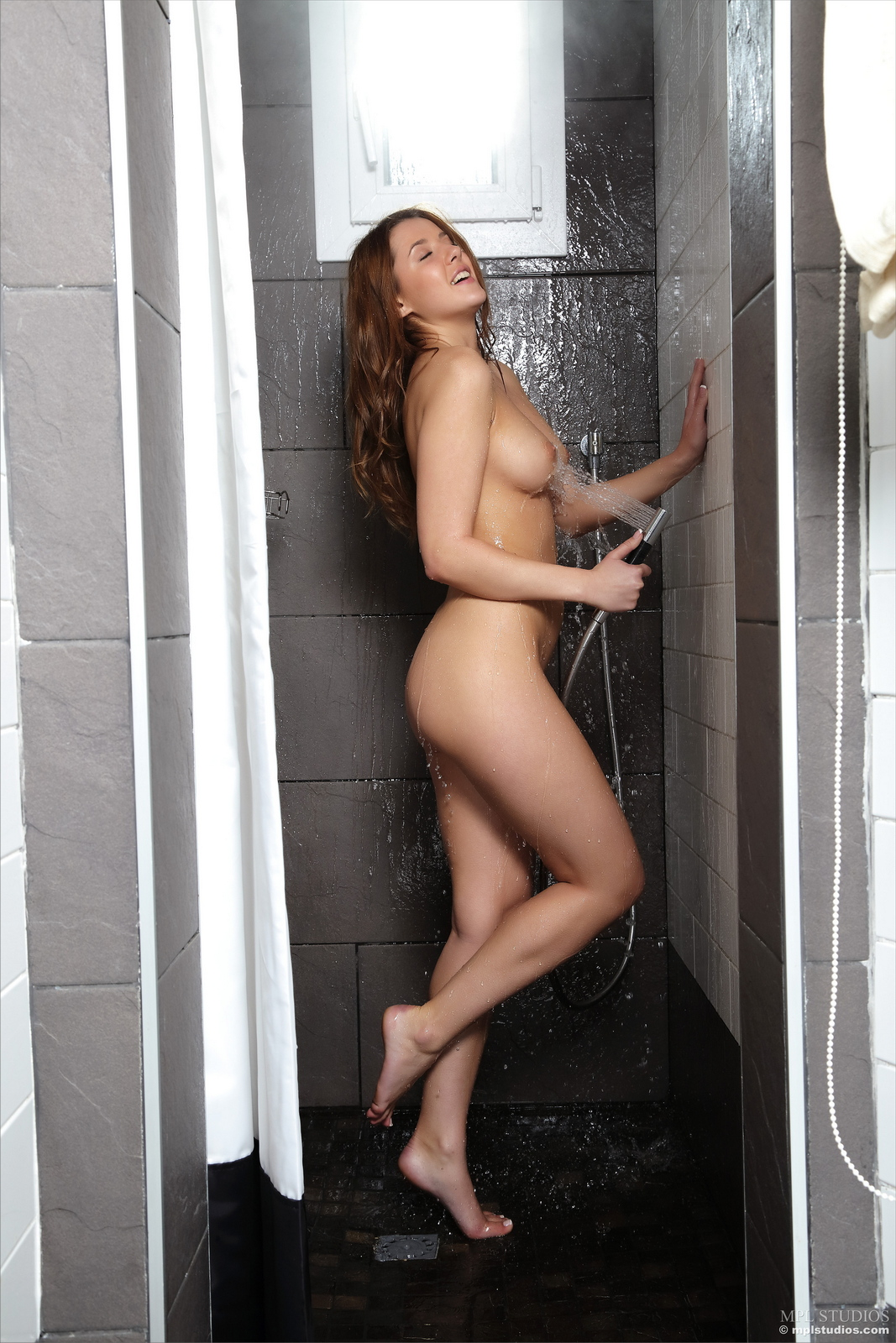 kailena-wet-naked-shower-pussy-mplstudios-10