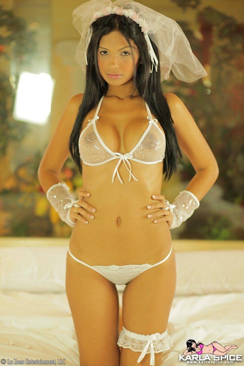 karla-spice-nude-bride-veil-tits-bedroom-young-latina-lazona-19