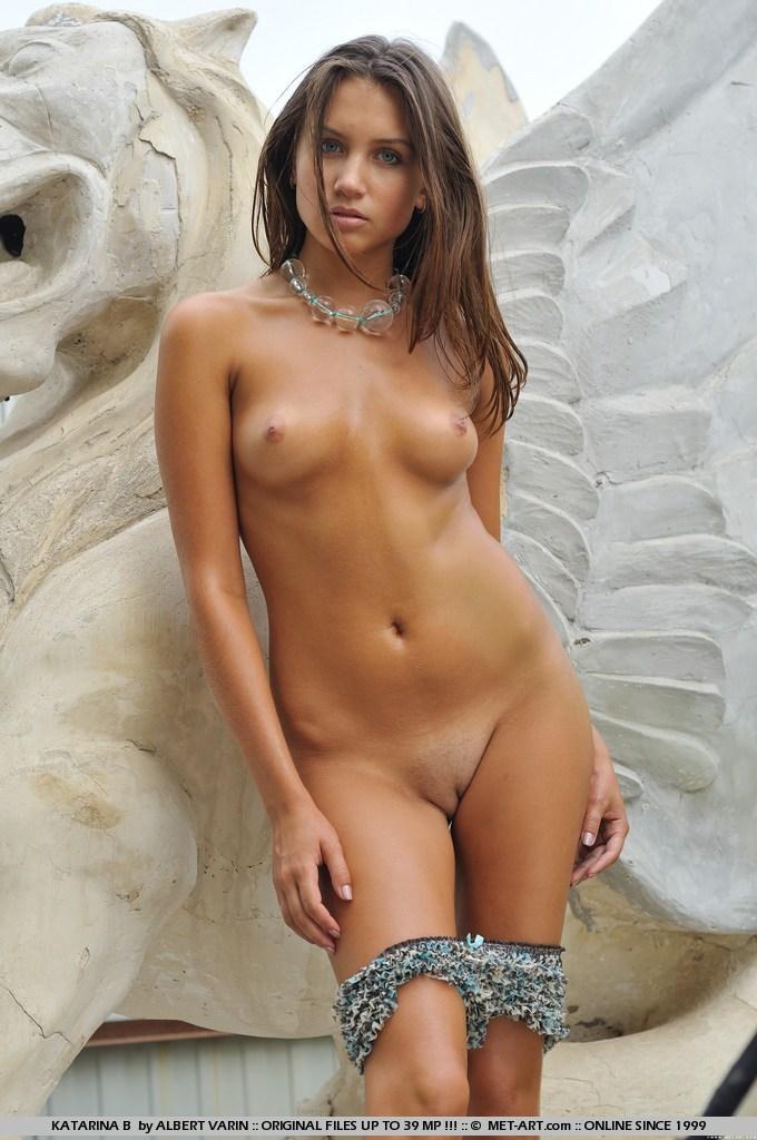 katarina naked