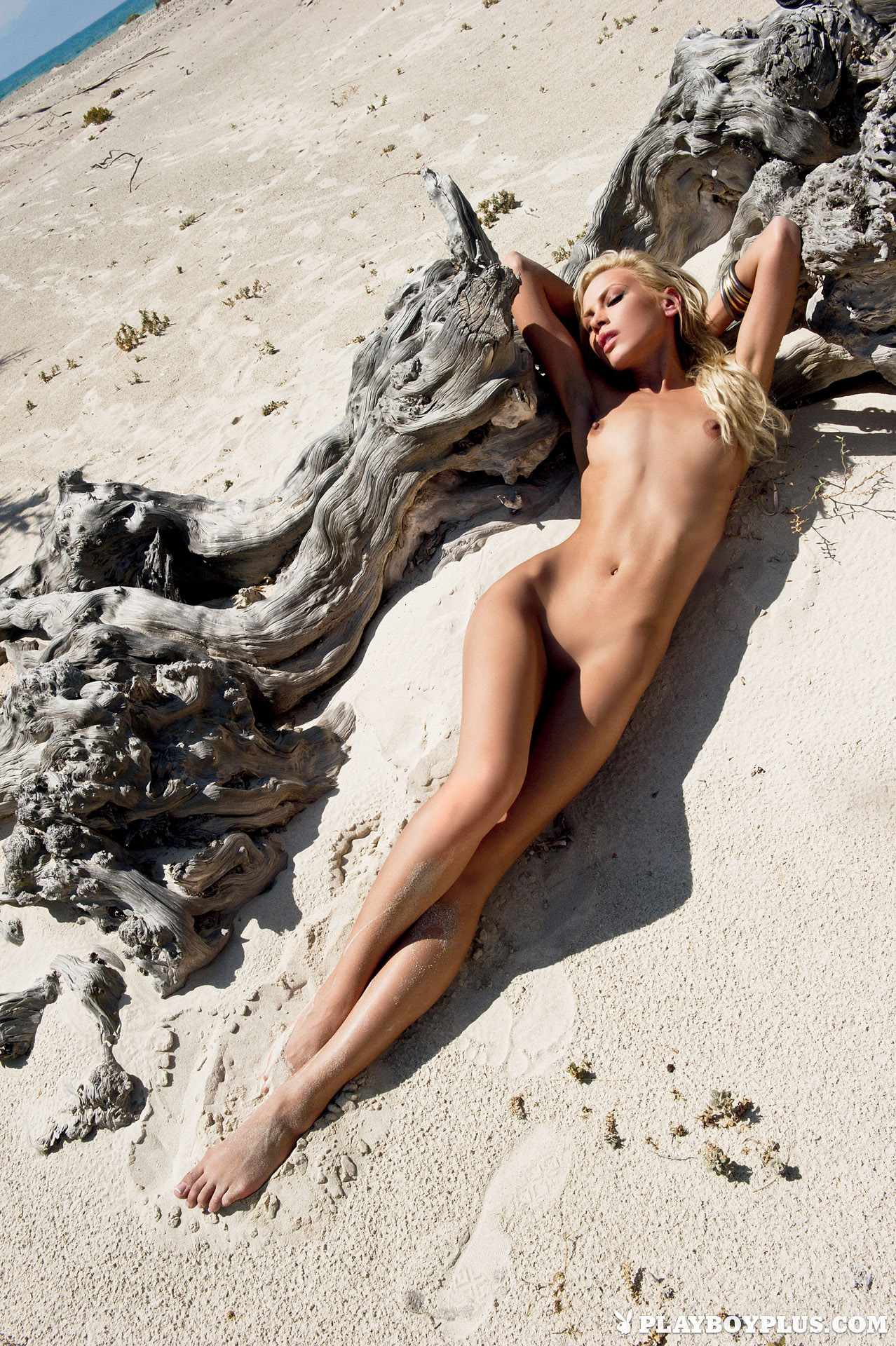 Girls from greece naked