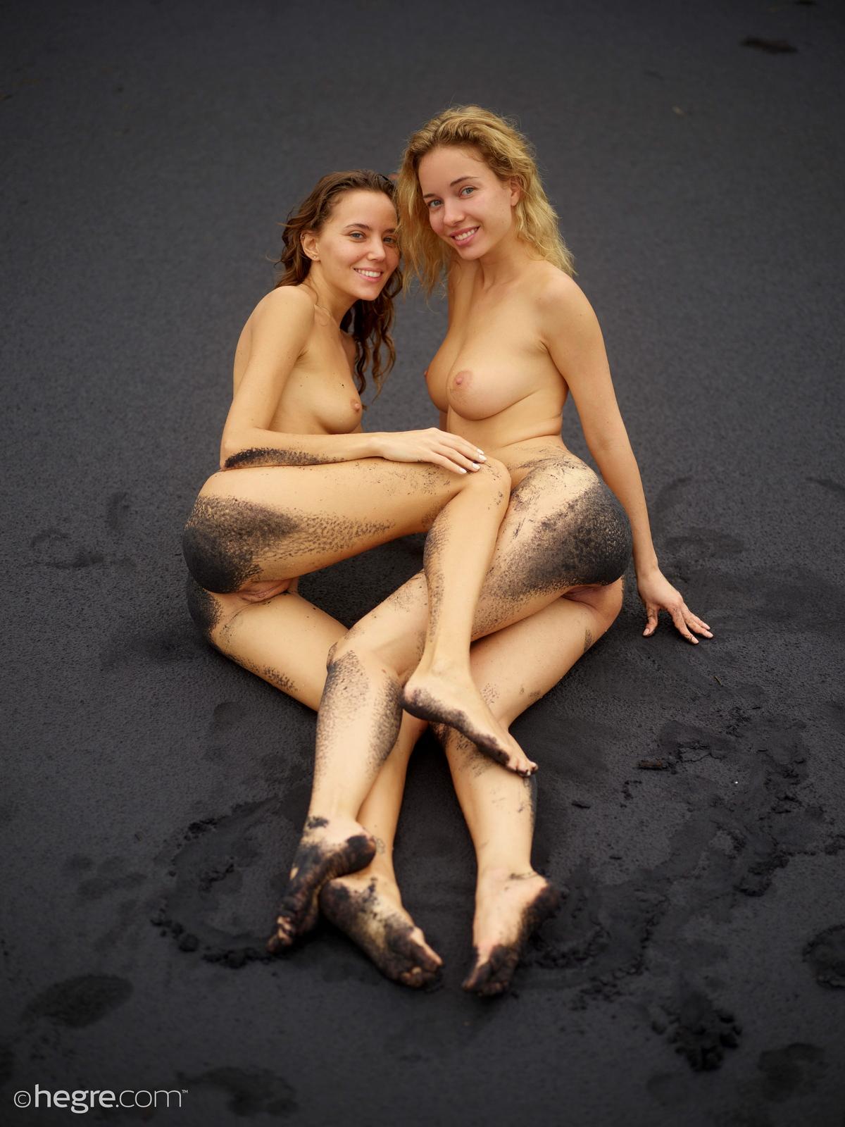 clover-natalia-a-nude-bali-beach-seaside-hegre-19