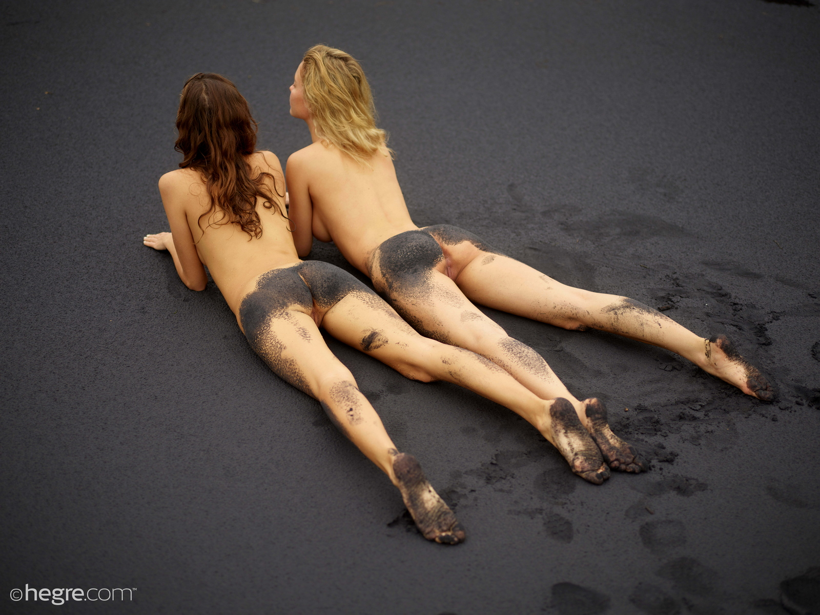 clover-natalia-a-nude-bali-beach-seaside-hegre-21