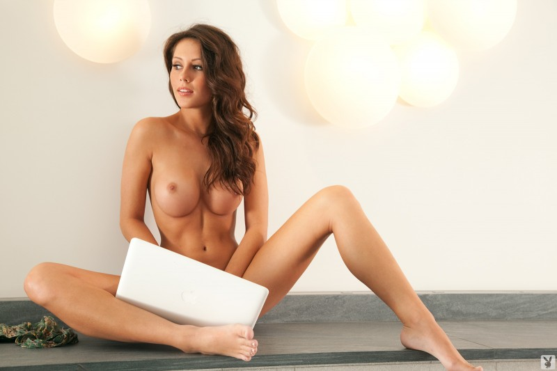 sexy-laptop-nude-naked-black-women-booty-pictures