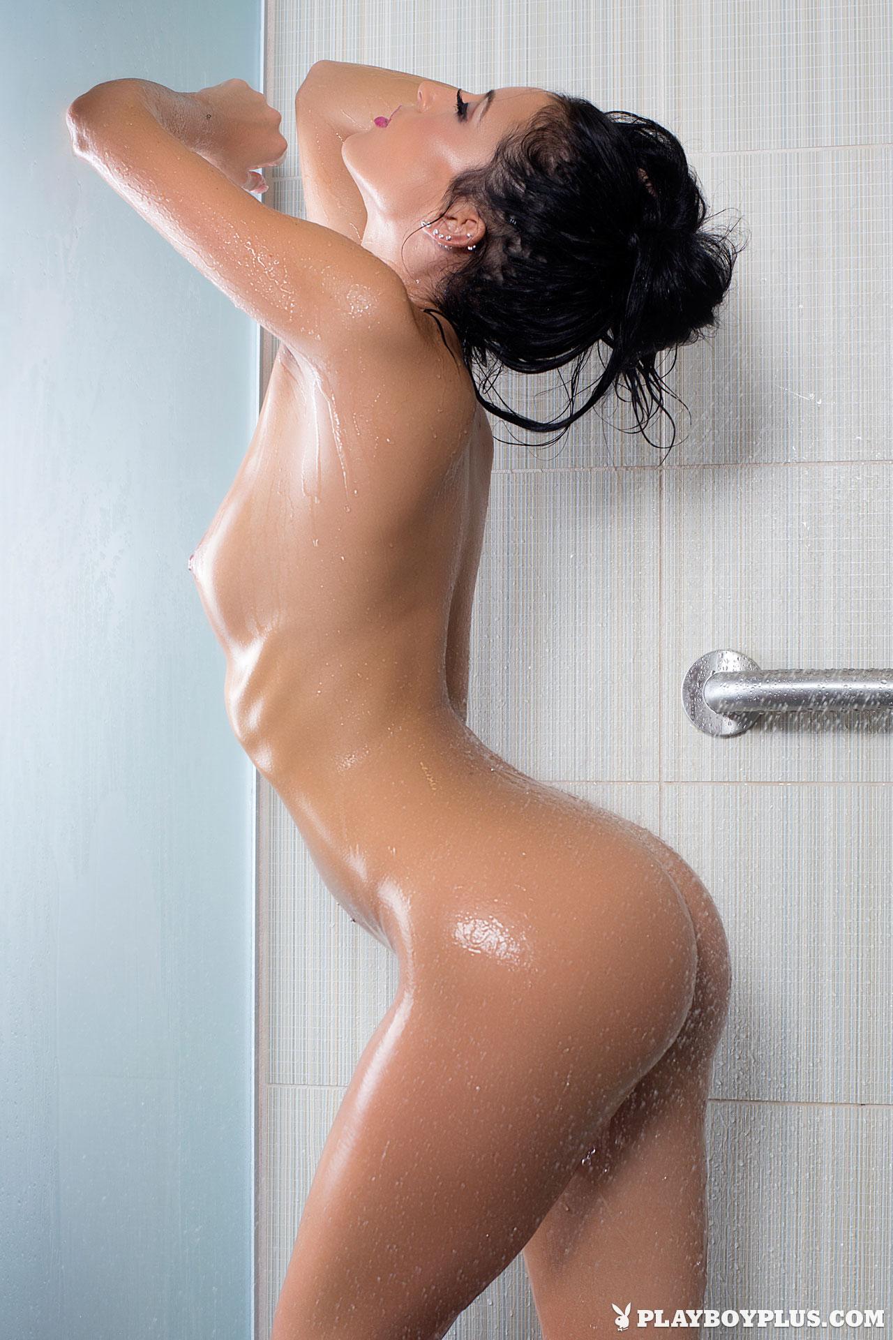 laura martinez nude photos