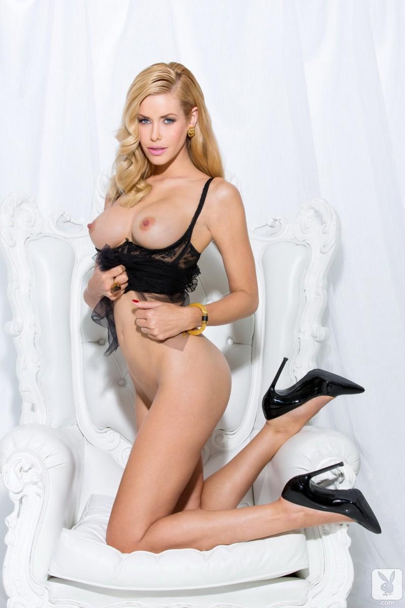 nude sexy thin chicks