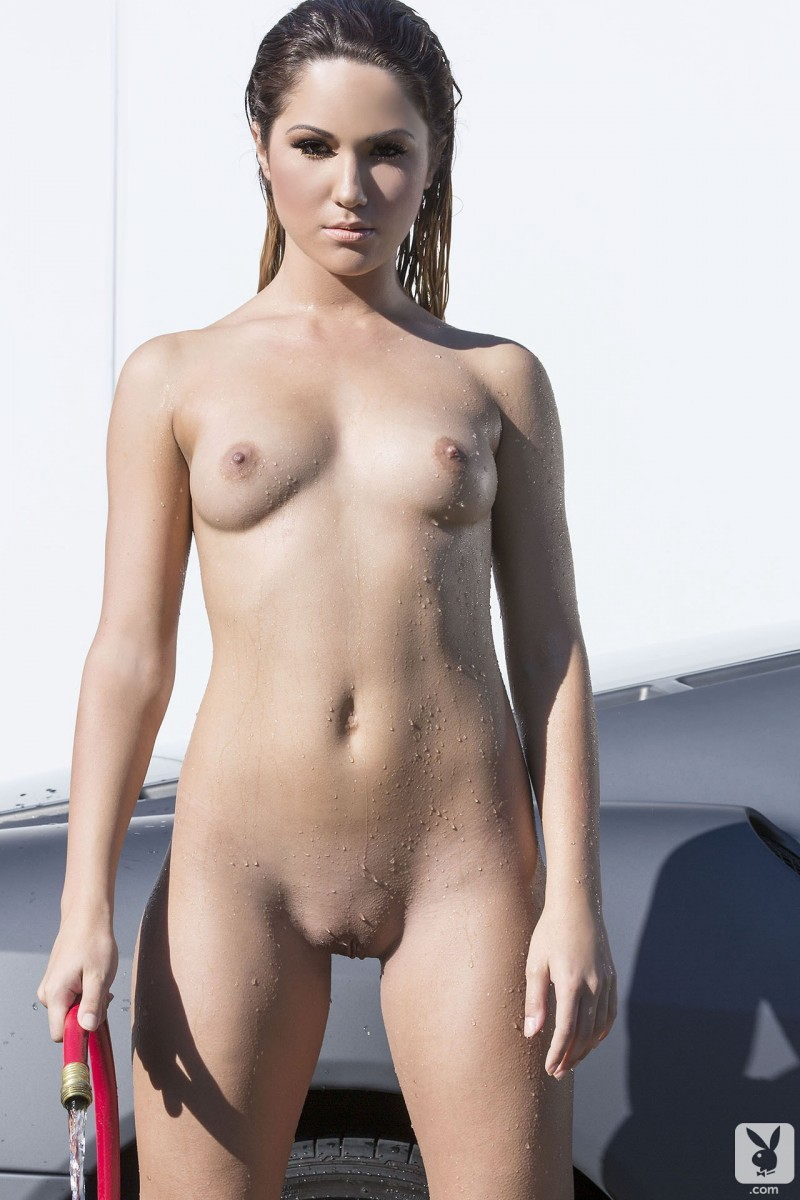 nude women with wide pussy gaps