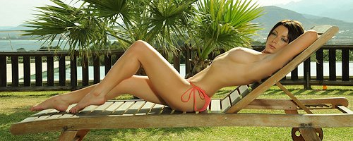 Kirsty in bikini