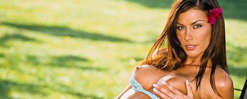 Krista Kelly – Playboy Playmate April 2004
