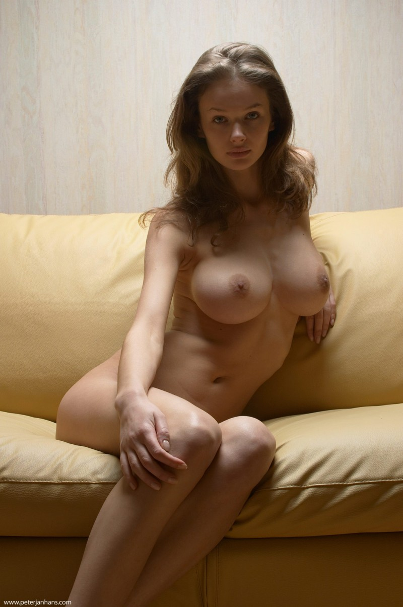 Kristina Naked On Sofa - Redbust-2684