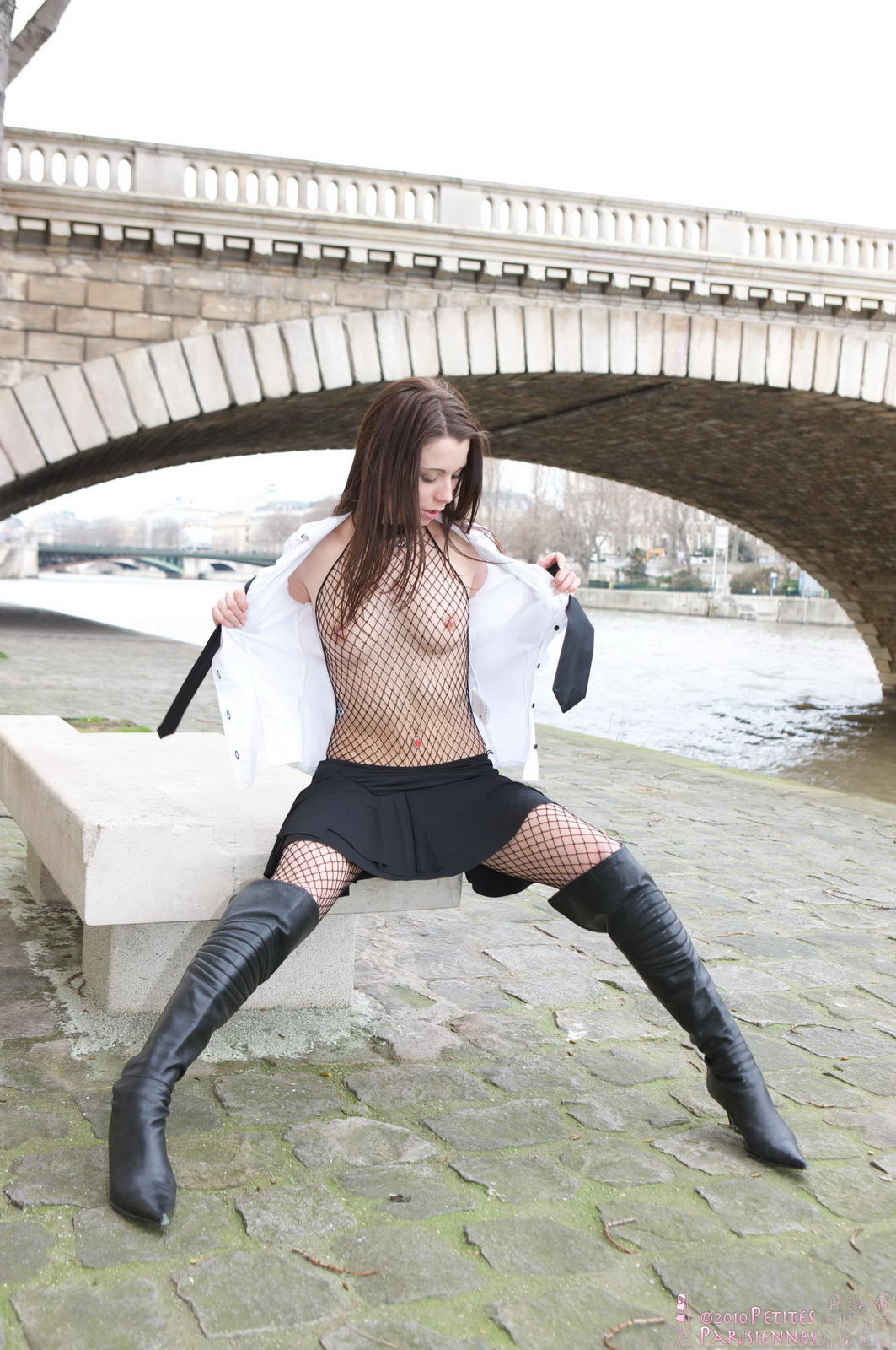 laetitia-fishnet-bodystocking-public-nude-river-petites-parisiennes-11