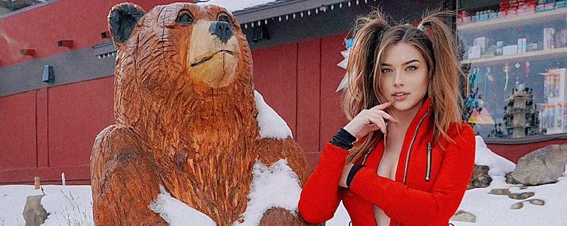 Lauren Summer – Winter resort