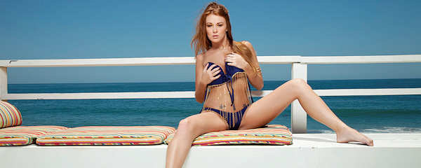 Leanna Decker – Busty redhead by the seaside