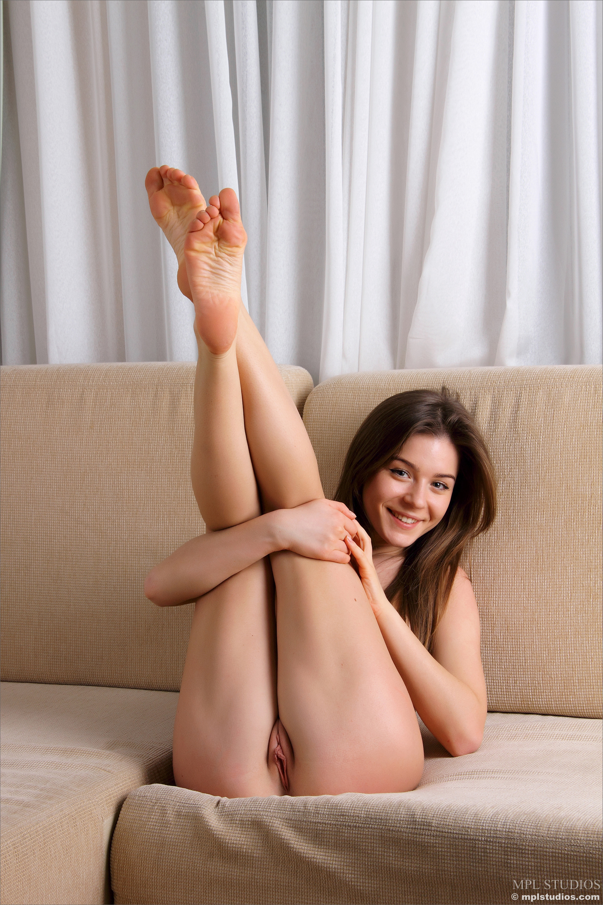 nude-girls-with-legs-up-photo-mix-vol3-61