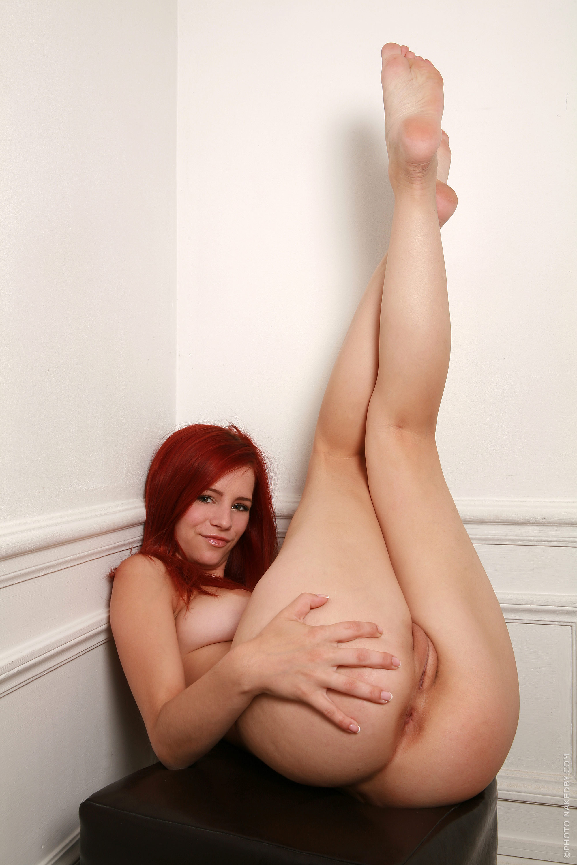 nude-girls-with-legs-up-photo-mix-vol3-70