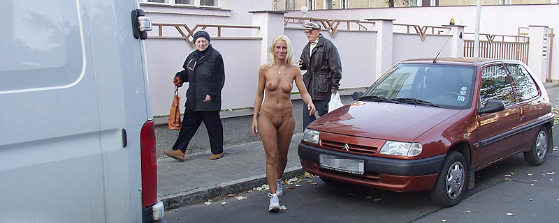 Lenka – Blonde naked in public vol.2