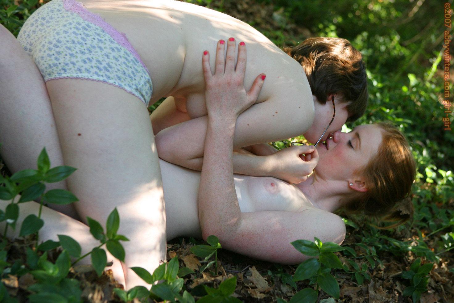 lesbians-97