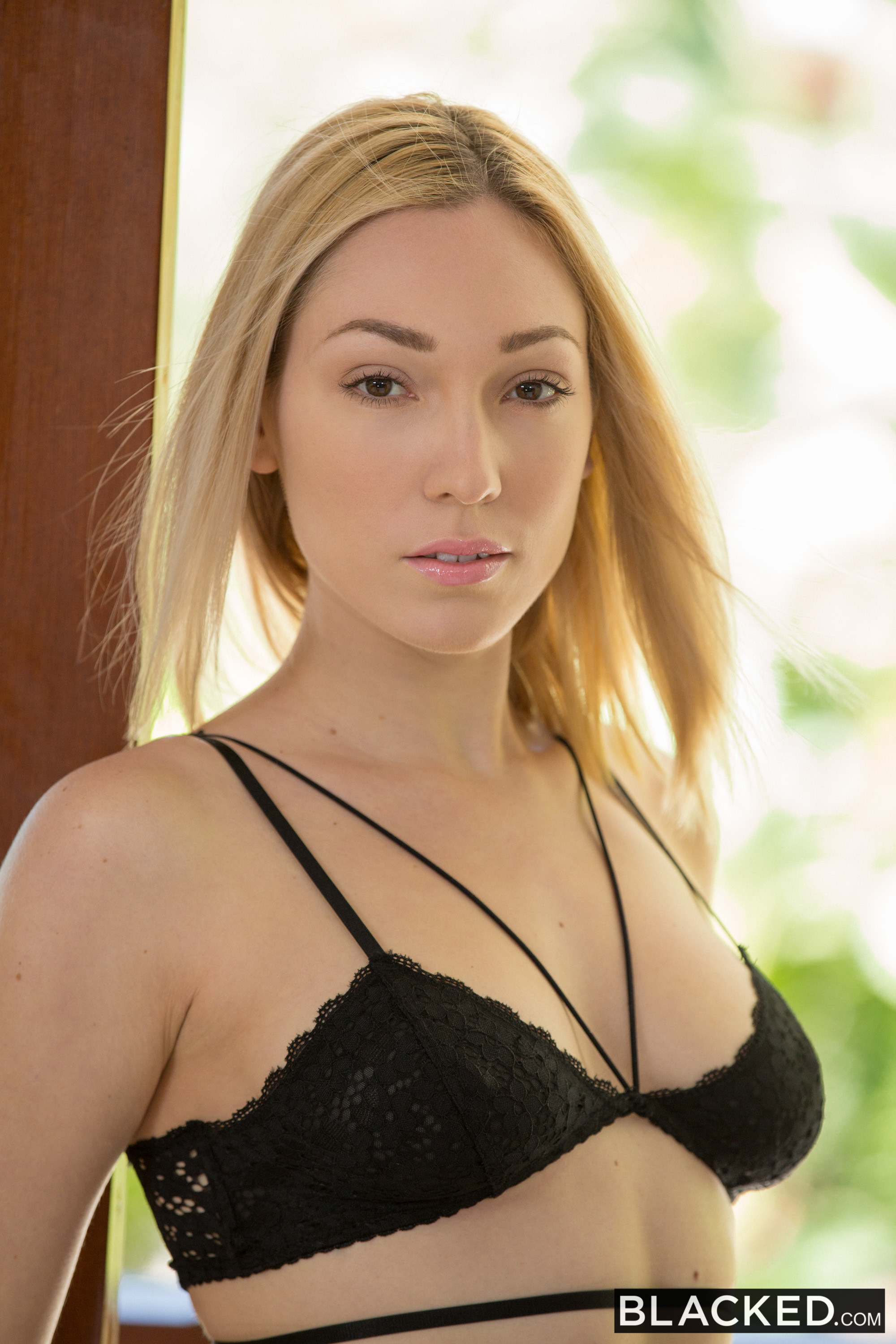 lily-labeau-blonde-nude-black-lingerie-blacked-01