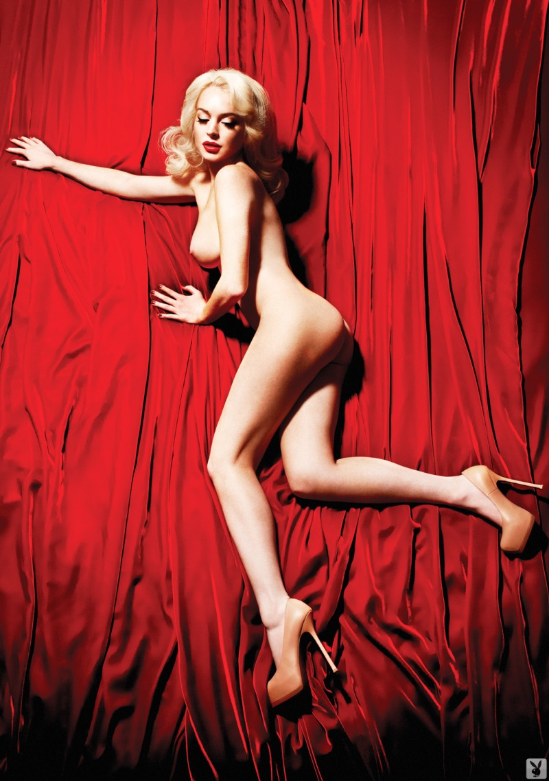 lindsay lohan naked in bath