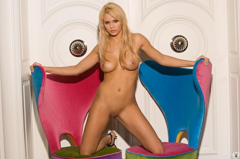 Extreme lesbian toy Adri