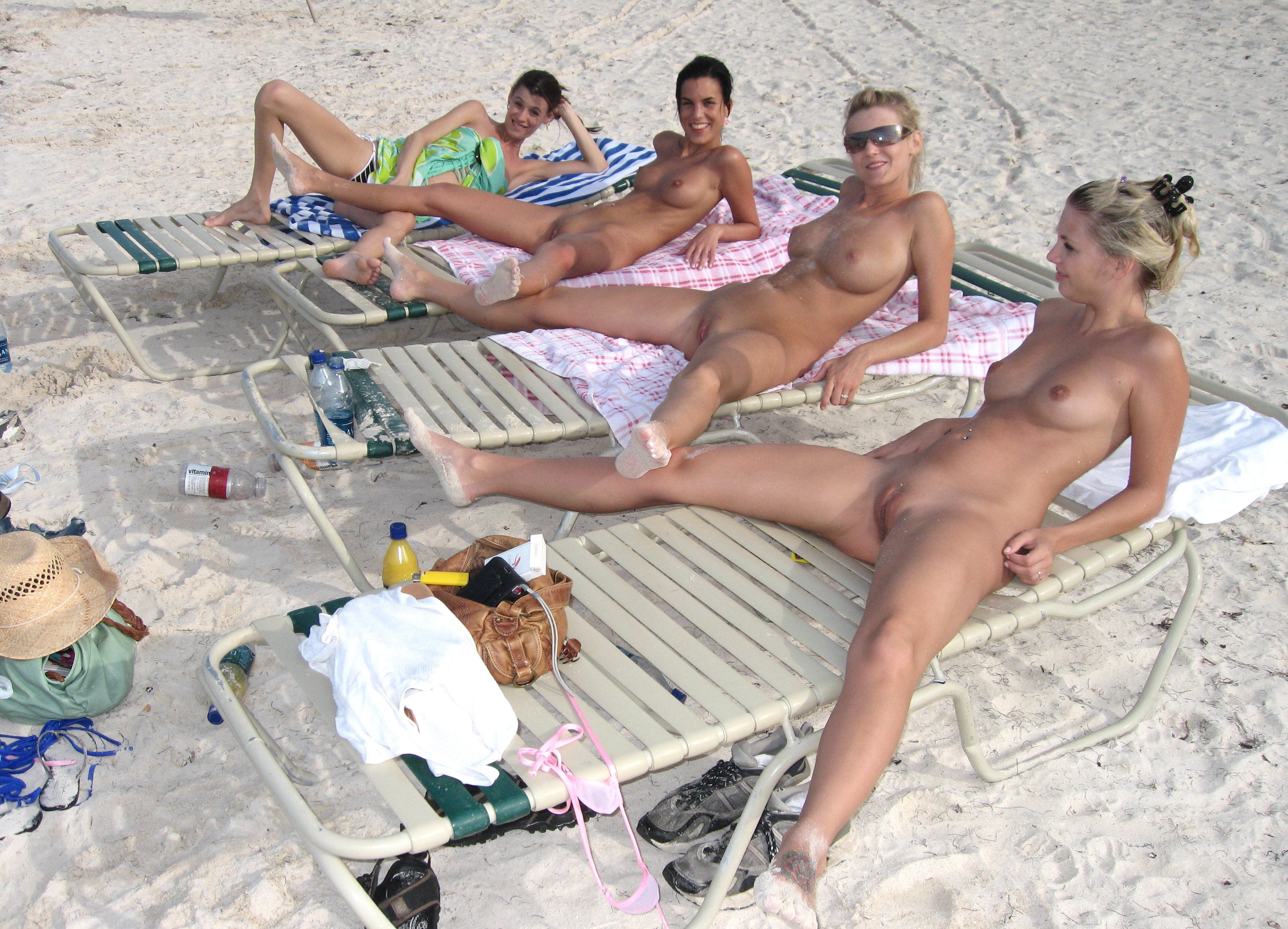 naked-girls-in-group-mix-vol3-37