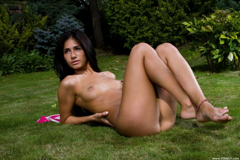 Naked colombian ladies-1447