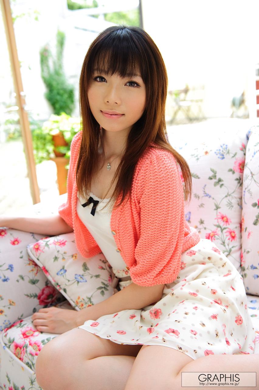haruka-mana-flower-dress-asian-naked-graphis-06