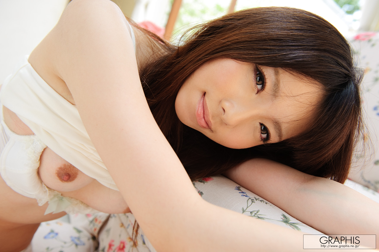 haruka-mana-flower-dress-asian-naked-graphis-11