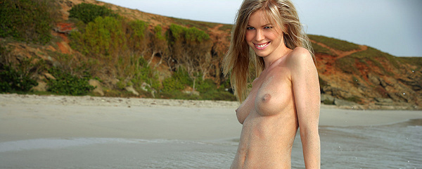 Marketa naked by the sea