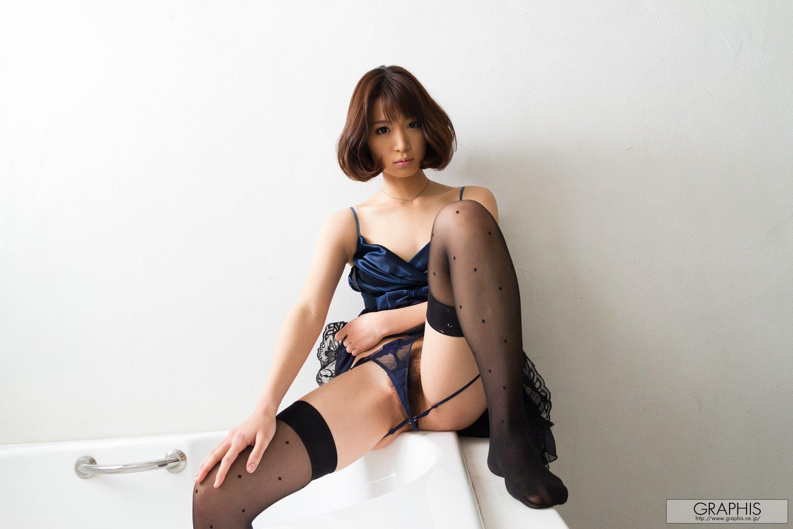 mayu-kamiya-bathroom-black-stockings-asian-naked-graphis-06