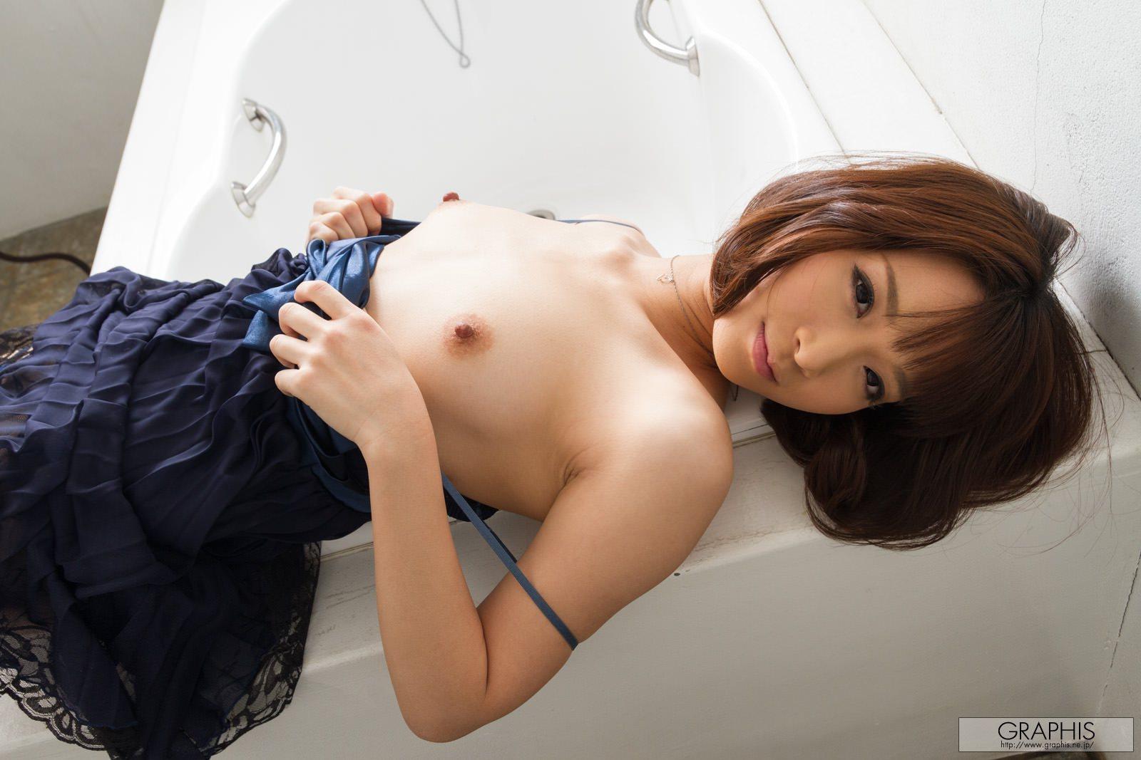 mayu-kamiya-bathroom-black-stockings-asian-naked-graphis-11