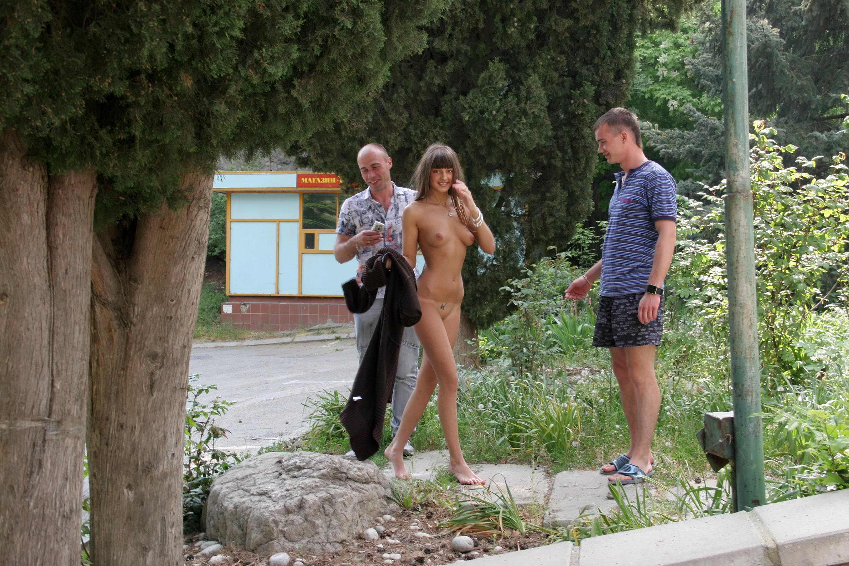 melena-crimean-holiday-public-nude-in-russia-01