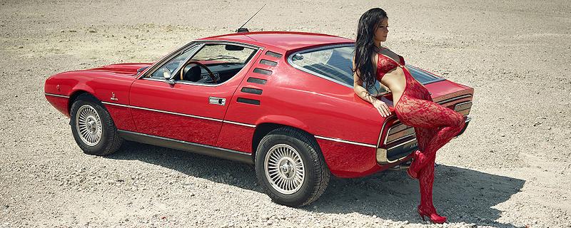 Melisa Mendiny & Alfa Romeo Montreal