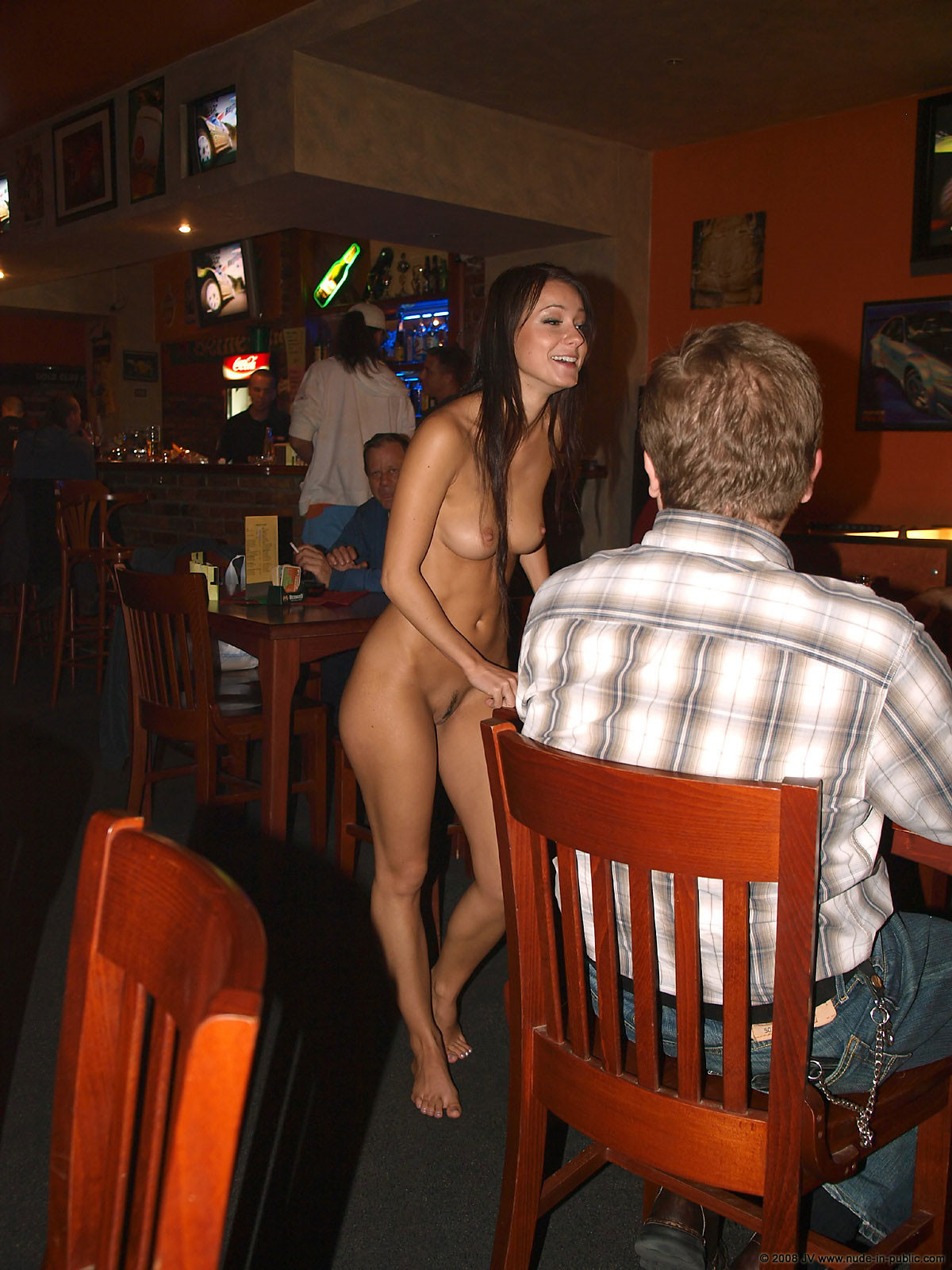 melisa-pub-beer-bar-girl-nude-in-public-03
