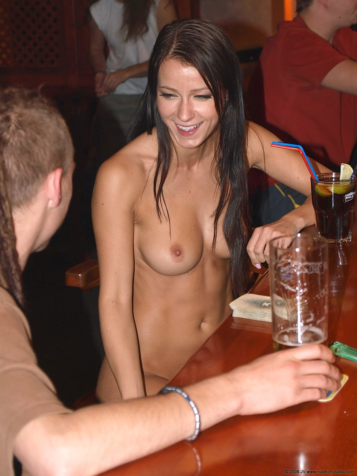 melisa-pub-beer-bar-girl-nude-in-public-50