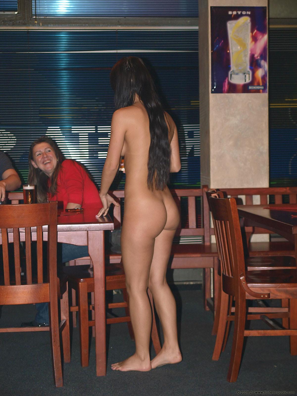 melisa-pub-beer-bar-girl-nude-in-public-58