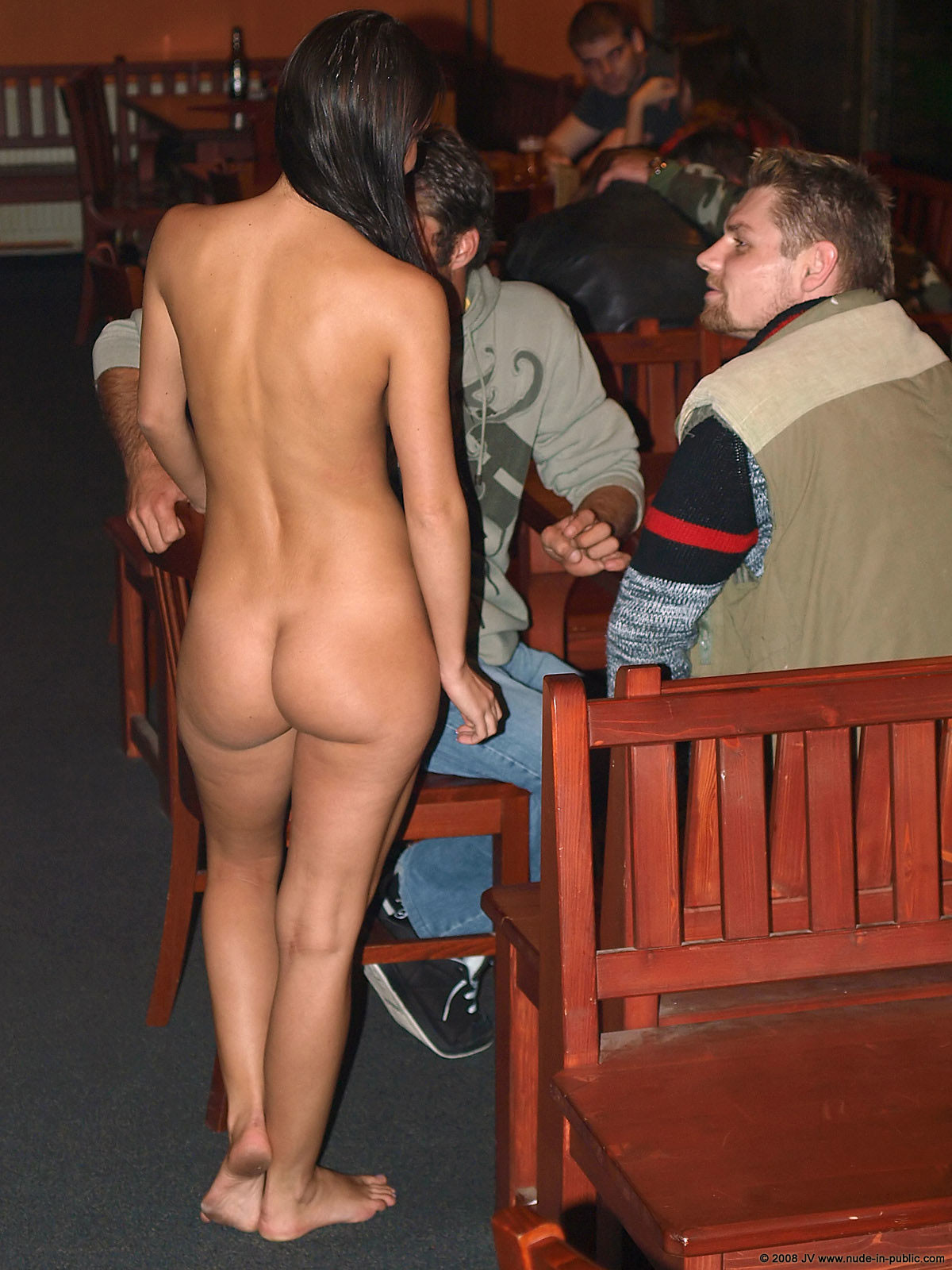 melisa-pub-beer-bar-girl-nude-in-public-74