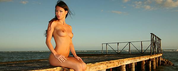 Melisa Mendini – Seaside sunset