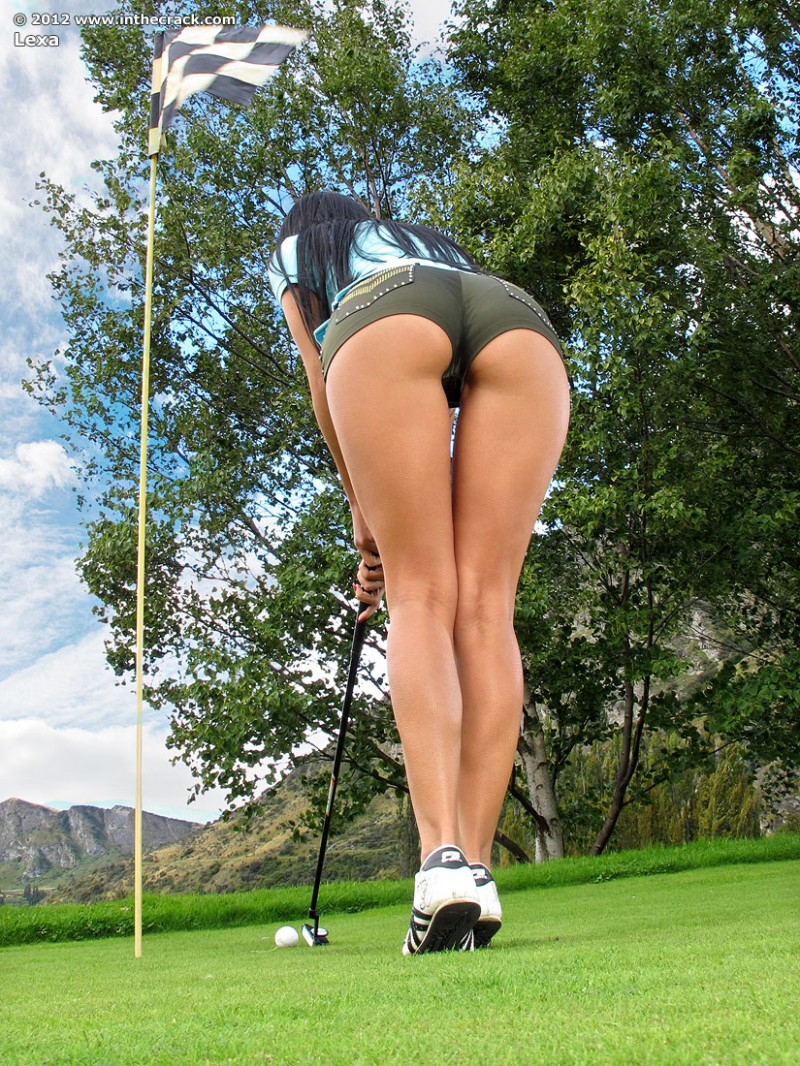sexy playing golf naked