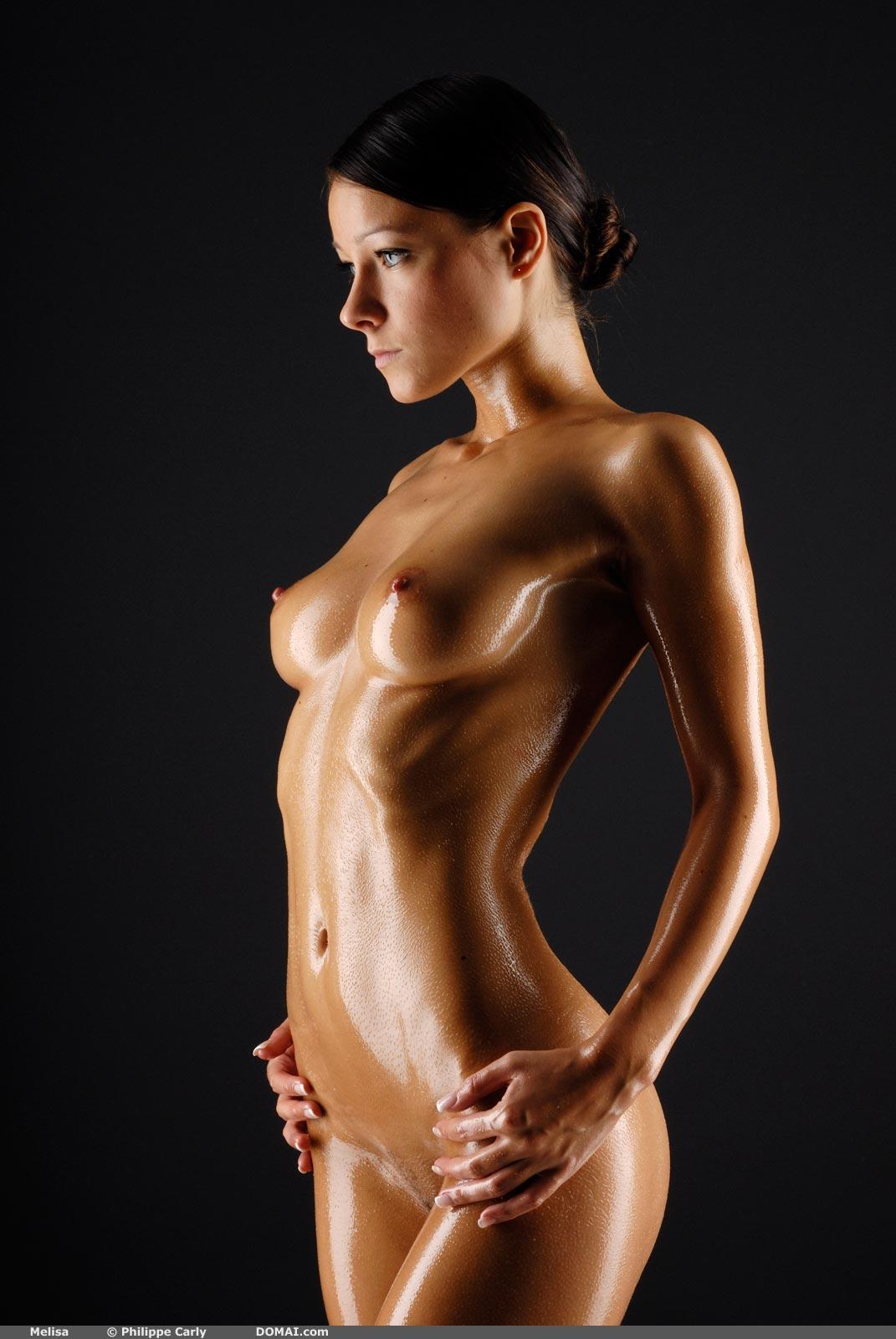 блек высококачественные фотки с голыми девушками в масле вот