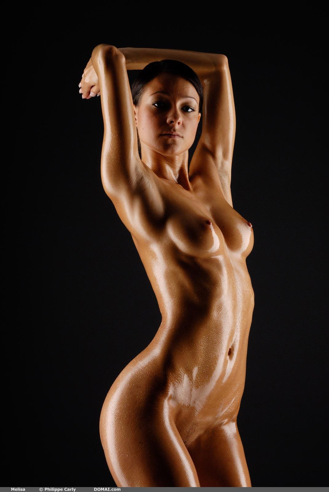 pics-polish-nude-body
